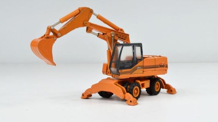 CASE Wheeled Excavator 988 Alliance