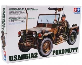 Сборная модель Американский джип M151A2 Ford Mutt (варианты сборки-армейский и морской) с пулеметом М60 и водителем
