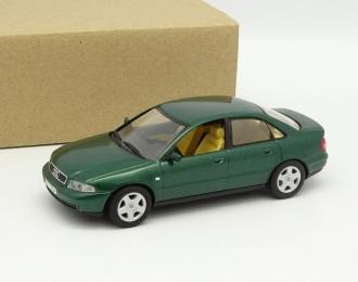 (Уценка!) AUDI A4 B5 (1995), green