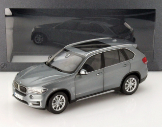 BMW X5 F15 (2014), grey met.