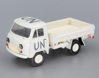 УАЗ 452Д UN бортовой, белый