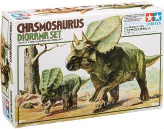 """Диорамма """"Часмосаурус с фигурой детеныша, один человек, ящерица, черепаха, дерево"""