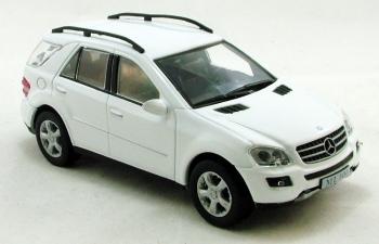 MERCEDES-BENZ ML500 W164, Суперкары 68, белый