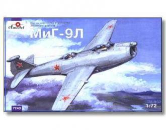 Сборная модель Самолет МиГ-9Л