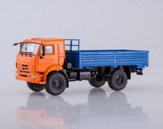Камский грузовик 43502 бортовой, оранжевый / синий
