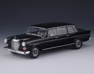 MERCEDES-BENZ W110 BINZ Lang (1965), black