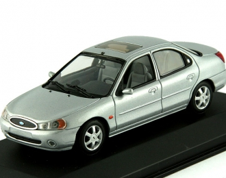 FORD Mondeo Saloon (1997), silver