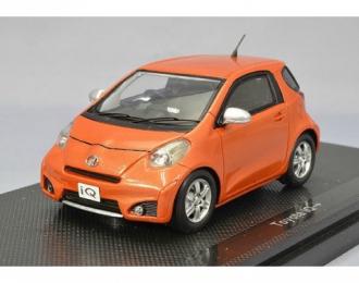 TOYOTA IQ 130G (2008), оранжевый