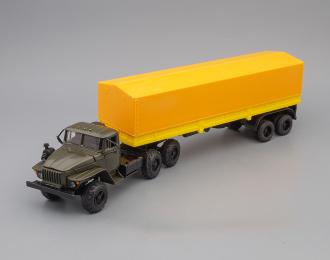 Уральский грузовик 44202, тент, хаки / желтый