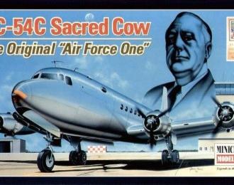 """Сборная модель Американский пассажирский самолет Douglas VC-54C Skymaster, борт №1 """"Священная корова"""""""