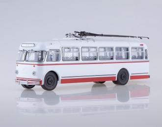 Троллейбус КТБ-4, белый