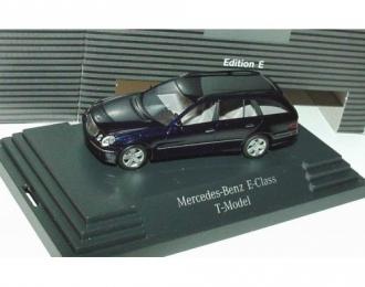 Mercedes-Benz E-Klasse T-modell S211 (W211) 2002 синий металлик
