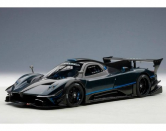Pagani Zonda Revolution 2013 (blue / black carbon fiber)