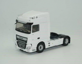 DAF XF530  MY 2017 White