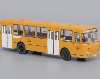 (Уценка!) Автобус 677М 3-й Автобусный парк, охра