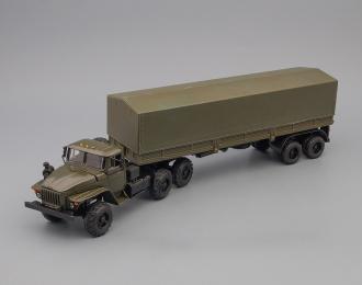 Уральский грузовик 44202, тент, хаки