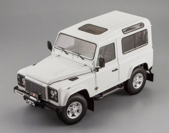LAND ROVER Defender 90, fuji white
