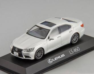 LEXUS LS460 F Sport, silver