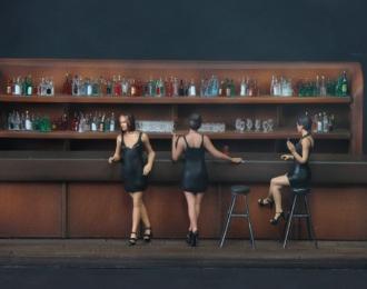 (КИТ) Три девушки в баре
