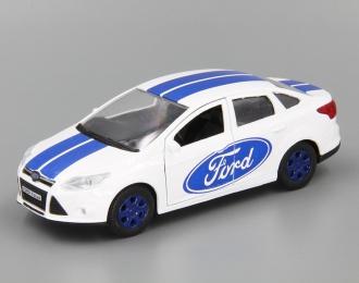 FORD Focus Sedan Спорт, белый / синий