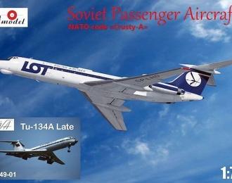 Сборная модель Советский пассажирский самолет Ту-134А Аэрофлот