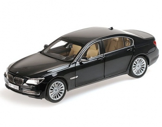 BMW 760LI (F02) (carbon black)