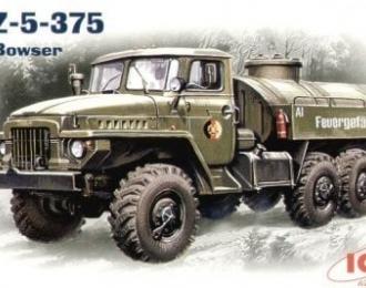Сборная модель Уральский грузовик 375Д, топливозаправщик АТЗ-5-375