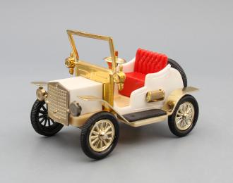 Машинка старинная #4, белый / красный