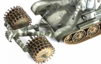 Сборная модель Т-34/76 с минным тралом