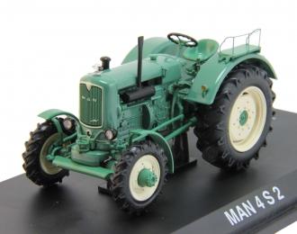 MAN 4 S 2, green