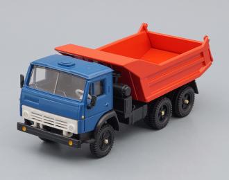 Камский грузовик 5511 самосвал (продольные ребра), синий / красный