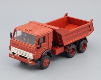 Камский грузовик 5511 самосвал (продольные ребра), бордовый