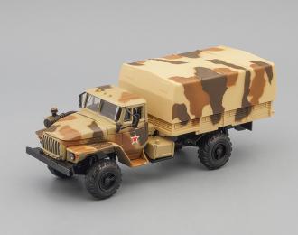 Уральский грузовик 43206 с тентом, бежевый камуфляж
