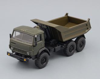 Камский грузовик 5511 самосвал (продольные ребра), хаки