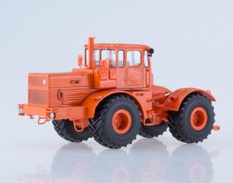 Трактор K-701 Кировец, оранжевый