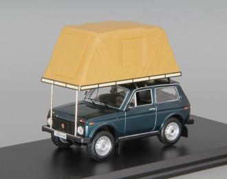 ВАЗ 2121 Нива с палаткой (1981), зеленый / бежевый
