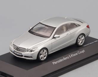 MERCEDES-BENZ E-Klasse Coupé, silver