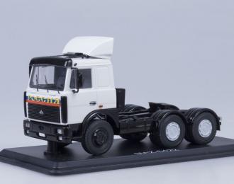 МАЗ 6422 седельный тягач со спойлером поздний, белый