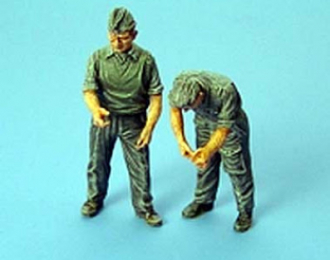 German maintenance crew