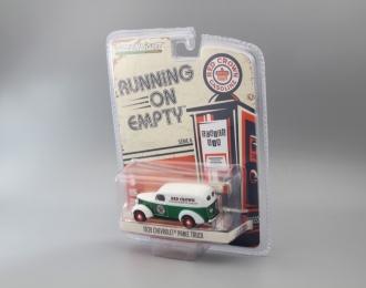 "CHEVROLET Panel Truck фургон ""Red Crown Gasoline"" 1939 (Greenlight!)"