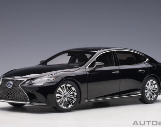 Lexus LS 500h - 2018 (black/black interior)