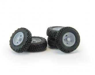 Набор колес для внедорожников (диск Ikon Wheels, резина Yokohama Geolandar)