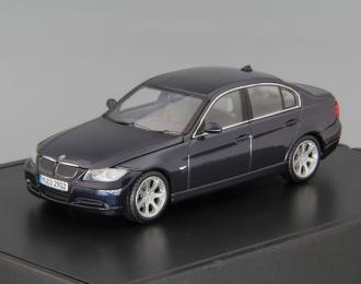 BMW 3er E90 Berline (2005), dark blue