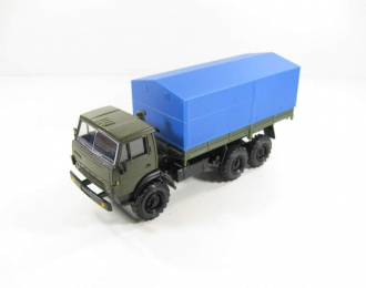 (Уценка!) КАМАЗ 43105 с тентом, хаки / синий