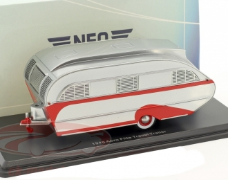 трейлер AERO FLITE Falcon Travel Trailer (1947), silver / red