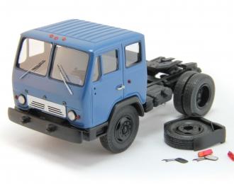 КАЗ-608В седельный тягач, синий