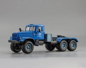 КРАЗ 255В1 седельный тягач, голубой