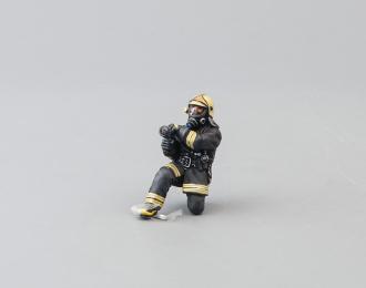 Фигурка Пожарный, ствольщик (вариант 5)