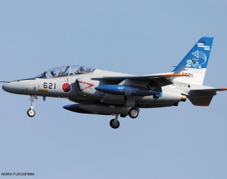 "Сборная модель Kawasaki T-4 ""11th Sq. Blue Impulse 20th Anniversary"""