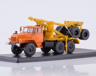 Уральский грузовик 43204-10 лесовоз с прицепом-роспуском, оранжевый